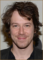 Джон Галлахер мл. (John Gallagher Jr.) фотографии