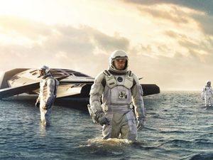 Пора валить: 12 фильмов о том, почему люди покидают землю
