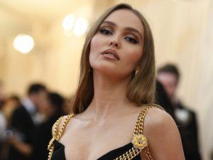 Лили-Роуз Депп снялась для российского журнала Elle